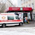 Таллиннская скорая помощь ищет замену для непривитых сотрудников