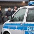 Berliinis sõitis politsei taga aetud auto trepist alla metroosse