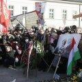 Poola rahvuslased avaldasid Smolenski katastroofi aastapäeval meelt