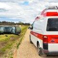 Viljandimaal sõitis auto kraavi, juht oli joobes