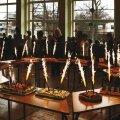 Pidulik hetk laste valmistatud sünnipäevatortidega. Fotod Püünsi Kool