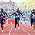 Justin Gatlinit (keskel) Tokyo olümpial jooksmas ei näe.