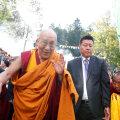 83-aastane dalai-laama viidi Indias haiglasse