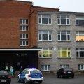 В 2014 году в вильяндиской школе ученик застрелил учительницу.
