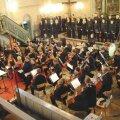 """Enn Võrgu oratooriumi """"Valvake"""" esiettekanne 22. juulil 2005. Dirigent Tõnu Kaljuste. Foto: Arvo Kuldkepp"""