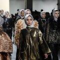 DISKREETNE: Disainer Anniesa Hasibuani kollektsiooni New York Fashion Weekil demonstreerisid kaetud peadega modellid.