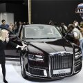 Venemaa presidendi Vladimir Putini uus Argus Senat limusiin Moskva autonäitusel. Venemaa riiklik autouuringute keskus NAMI tutvustas näitusel luksusklassi Argus Senati kahte versiooni- limusiini ja sedaani.
