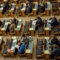 Riigikogu võttis vastu seaduse, mis pitsitab elatisrahavõlgnikke