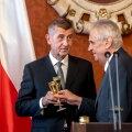 Osa vaatlejate sõnul on peaminister Andrej Babišist saanud venemeelse presidendi Miloš Zeman (paremal) pantvang.