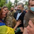 ФОТО и ВИДЕО   Порошенко облили зеленкой во время празднования Дня независимости в Украине