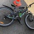 GAG-i uue koolihoone juures sõitis auto ülekäigurajal otsa 9-aastasele jalgratturile