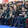 ВИДЕО: Россия празднует 9 мая. На Красной площади прошел Парад Победы