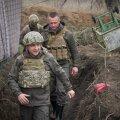 Ukraina president Volodõmõr Zelenskõi külastas reedel Ida-Ukraina konfliktipiirkonda. Kiiev uut sõda ei soovi, kuid on ähvardanud, et kaitseb end täie jõuga.