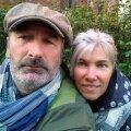 Matkasellid Ain ja Svetlana Alvela.