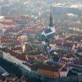 """Uhked hooned, kenad kirikud. """"Sealap vana Kalev puhkab..."""" märgib lauluisa Kreutzwald."""