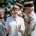 ФОТО   Президент Керсти Кальюлайд сходила с компанией в кино. Какой фильм она посмотрела?