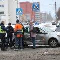 FOTOD, VIDEO ja BLOGI | Talvised teeolud on põhjustanud ummikuid ja liiklusõnnetusi. Politsei palub autojuhtidel ettevaatlik olla