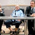 FOTOD: Uruguay president ilmus ametlikule üritusele sandaalides ja põlvpükstes