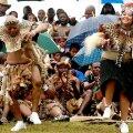 President Zuma (vasakul) lõi oma pulmas lausa tantsu lahti.