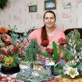 Vohnja külas elava Nataša Sirotina pärlililled võtavad ahhetama nii kohalikud kui kaugemalt tulnud uudistajad.