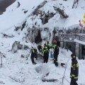 Itaalias laviini alla jäänud mägihotellist on elusana leitud üheksa inimest, hukkunuid on vähemalt viis