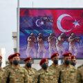 Tripoli valitsuse võitlejate väljaõpe Liibüa ja Türgi lippude all