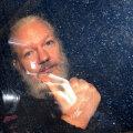 Briti kohtunik blokeeris WikiLeaksi asutaja Julian Assange'i USA-le väljaandmise