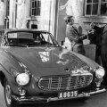 Volvo P1800 anti kunagi kroonprintsile pidulikult üle. https://forums.kilometermagazine.com