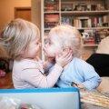 Sõprus ei roosteta! Kui koju jõudsime, jätkusid Marta ja Linda mängud täpselt sealt, kus pooleli olid jäänud.