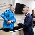 MIS OTSUS TÄNA TULEB? Kemerovo grupeeringu pealik Vjatšeslav Gulevitš ja advokaat Vladimir Sadekov täna Harju maakohtus enne kohtuistungi algust.