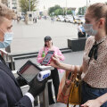 Tumeveebis on hakatud müüma võltsitud QR-koode Moskva baaride külastamiseks, hind 130 euro kandis