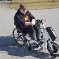 Дискриминация? Школа не хотела принимать мальчика в инвалидном кресле. Пришлось вмешаться министру образования