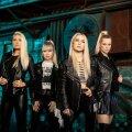 """MAAILMA VALLUTAMA Värskelt taasühinenud """"Vanilla Ninja"""" asub lavasid vallutama pärast 15-aastast pausi. Seekord koosseisus Katrin Siska, Piret Järvis-Milder, Lenna Kuurmaa ja Triinu Kivilaan."""