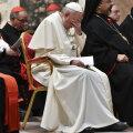 Juhtiv Vatikani kardinal tunnistas: toimikuid lastepilastajate kohta hävitati teadlikult