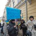 Miiting Tallinnas Vene saatkonna ees