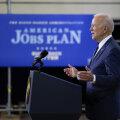 """Joe Biden avaldas """"kord põlvkonna jooksul"""" tehtavate 2,3 triljoni dollari suuruste kulutuste plaani"""