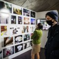 Isolatsioonidialoogide näituse avamine Jaani seegi galeriis