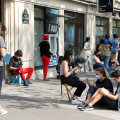 Prantsusmaal ületas uute koroonaviiruse juhtumite arv esmakordselt ööpäevas 10 000 piiri, juurde tuli ligi 100 uut kollet