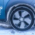 Ennekõike liiklusohutuse seisukohast on kinnikittinud lumi ja jää vaja korralikult eemaldada.