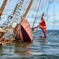 Eesti vanim purjelaev jätkuvalt madalikul kinni, päästeoperatsioon algab ilmselt homme