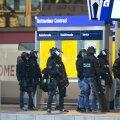 FOTOD ja VIDEO: Politsei vahistas Rotterdami raudteejaamas end kiirrongi tualetti lukustanud mehe