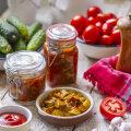 RETSEPT | Ukrainapärane kurgisalat tomatipastaga