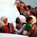 Itaalia rannikul maabus 700 paadipõgenikku, neist vähemalt 400 Süüriast