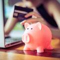 Ekspert annab nõu: kuidas käituda, kui avastad, et kallim on sulle oma sissetuleku kohta valetanud ja peidab sinu eest raha?