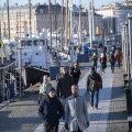 Rootsi valitsus tegi terviseameti koroonaeksperimendile lõpu ja täna algavad piirangud