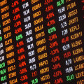 Vilkuvad aktsiahinnad võivad tekitada investorite seas segadust, kuid ostetakse tükikest ettevõttest