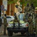 """Sudaani sõdurid pealinnas Hartumis. Vene nõustajad on soovitanud valitsusel tekitada """"minimaalseid aktsepteeritavaid inimohvreid""""."""