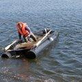 Eiko Onga - HAKA PLast uppumatu plasttorudest paat