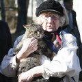 Praegu julgetakse Eestis varasemast enam oma armastusi tunnistada, puutugu see siis kasvõi lemmiklooma, leiab Sulev Oll.
