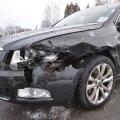 Viljandi lähistel põrkasid kokku kaks autot